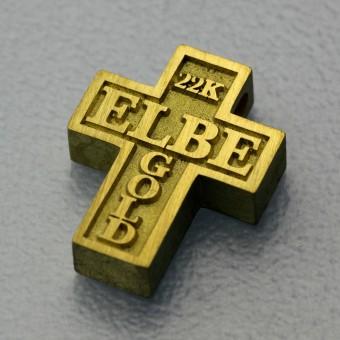 Kreuz Anhänger aus Elbegold / Naturgold der Elbe