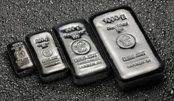 verschiedene Silberbarren