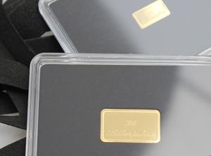 Ein Beispiel für eine Gravur auf einem gravierbaren Goldbarren